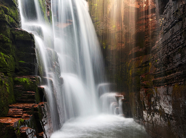 beautiful waterfall photographs