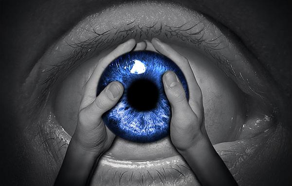 eye-Photo-manipulation