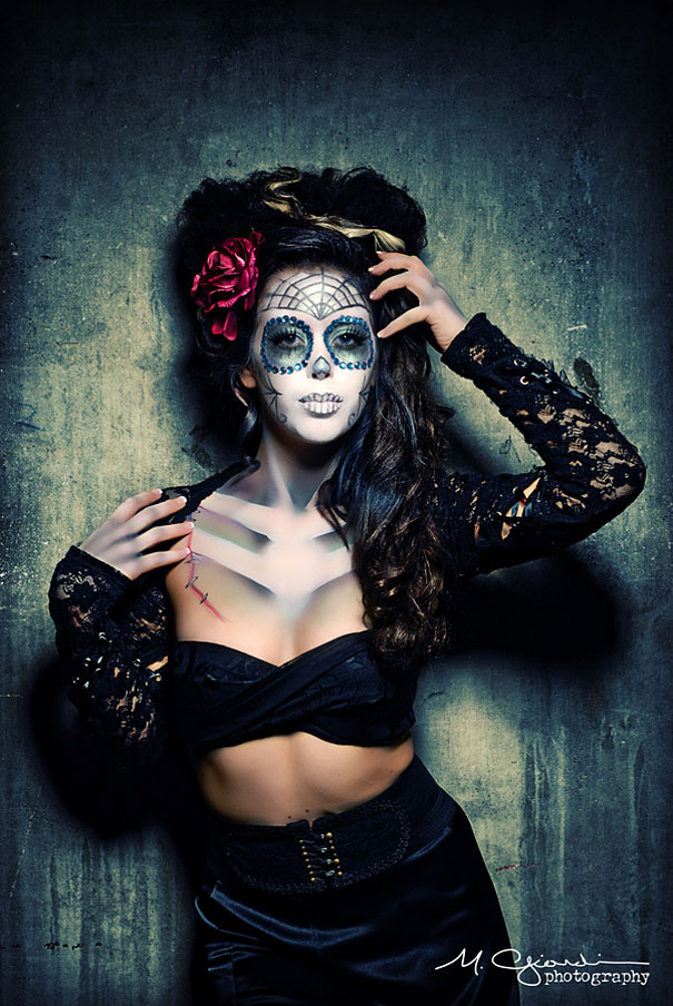 Stunning Photographs Dia De Los Muertos make up art