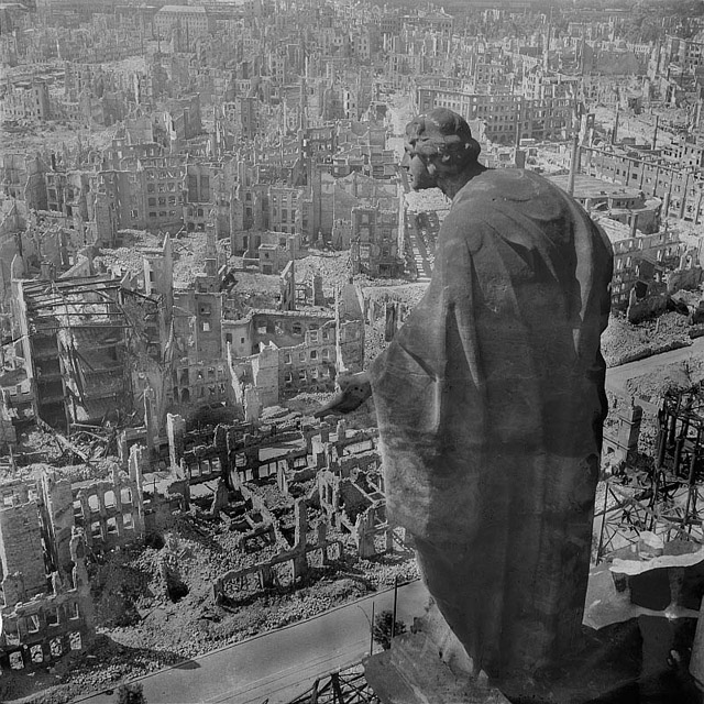 the-bombing-of-dresden-statue-overlooking-city