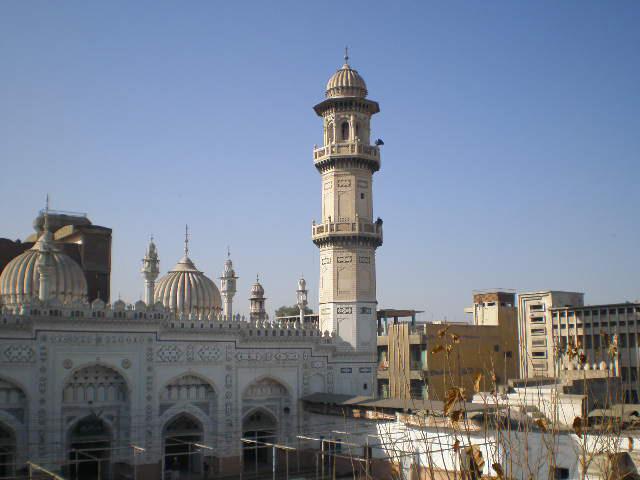 Masjid-Muhabat-khan