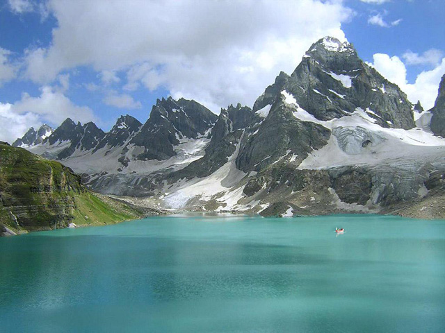 chitta-katha-lake
