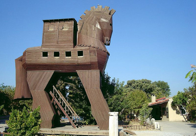 Troy-trojan-Horse