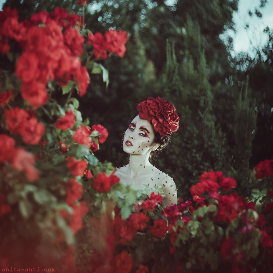 fairytale-photography-women with animals (14)