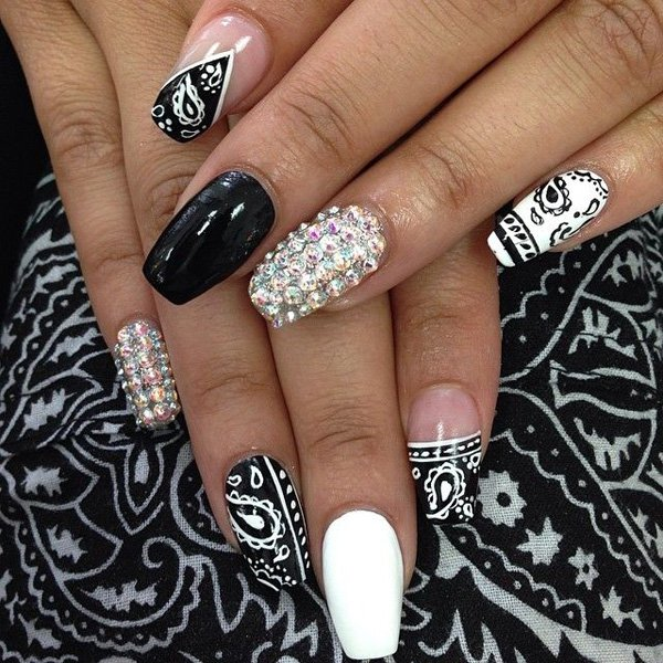 55 creative black and white nail art examples (1)