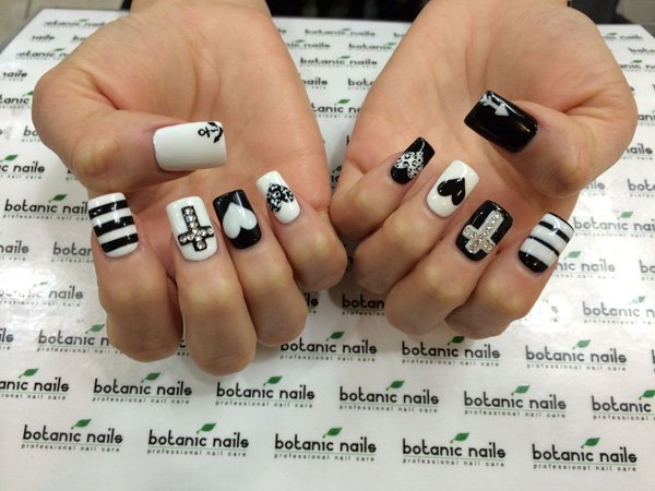 55 creative black and white nail art examples (27)