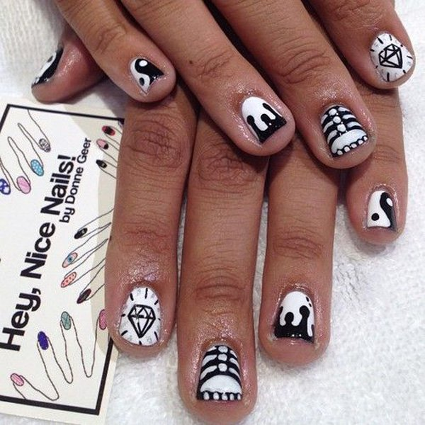 55 creative black and white nail art examples (44)