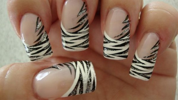 55 creative black and white nail art examples (45)