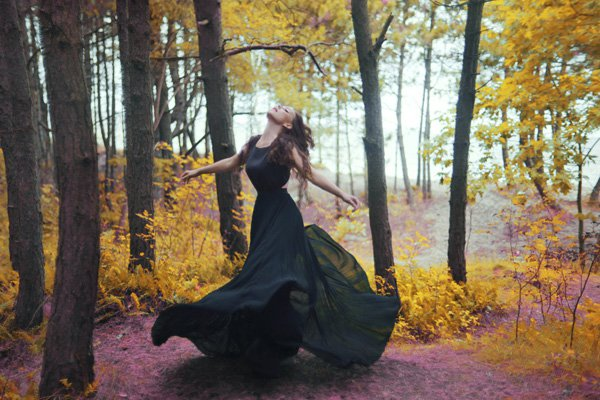 Beautiful Women with Flowers by Klaudia Rataj (7)