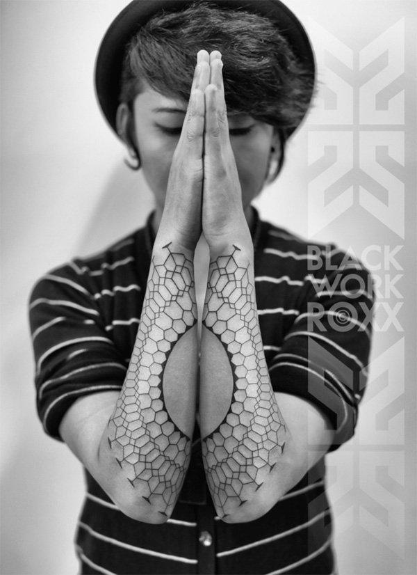 Innovative Inspired Geometric Tattoos (21)