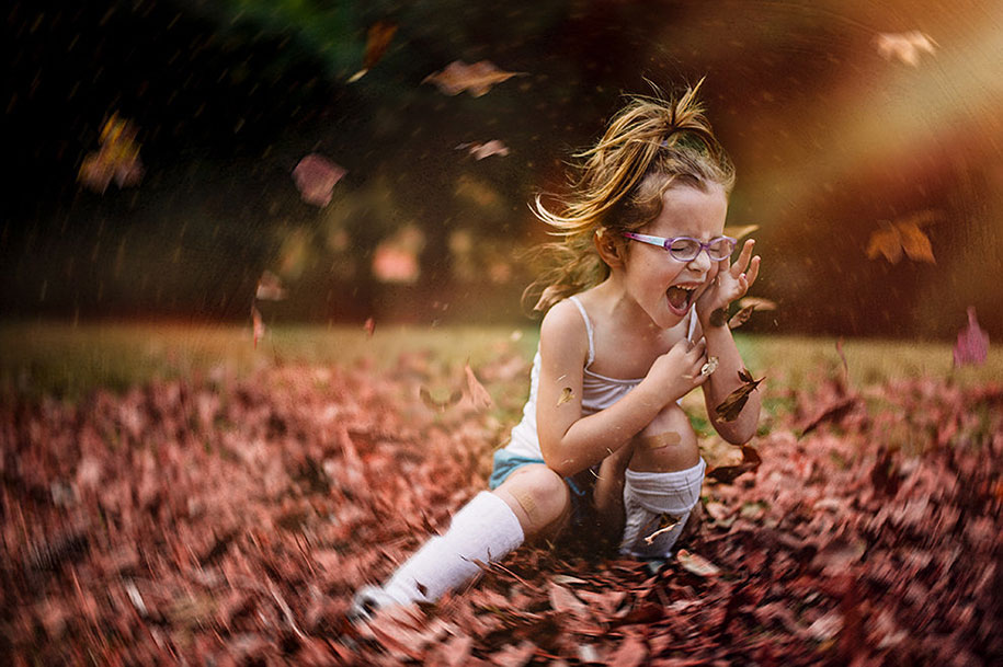 Mother Captures Photographs Of Her Brave Daughters (11)