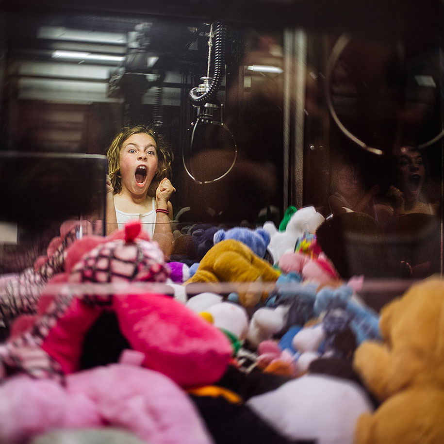 Mother Captures Photographs Of Her Brave Daughters (5)