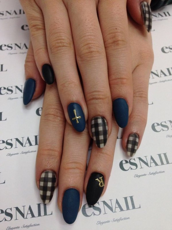 55 Beautiful Japanese Nail Art Designs (49)