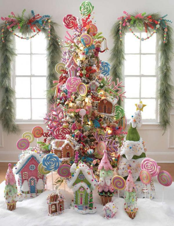 Candy-Disney-themed-Chirstmas-tree-deco-for-girls