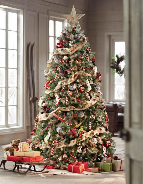 a-christmas-tree-with-a-rustic-look