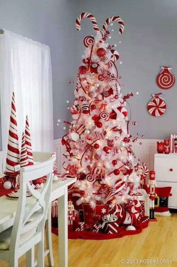 candy-christmas-tree