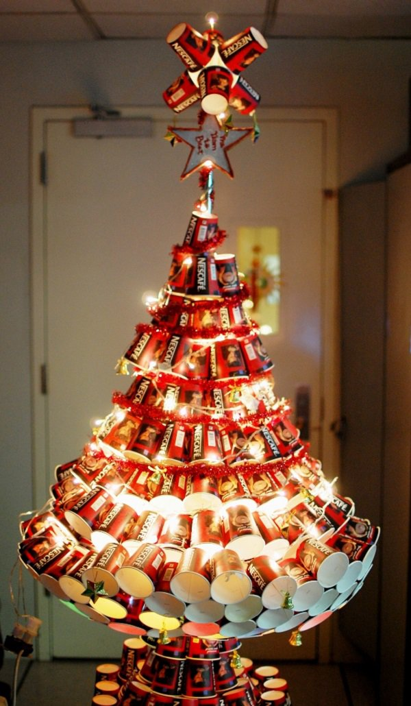 nescafe-christmas-tree