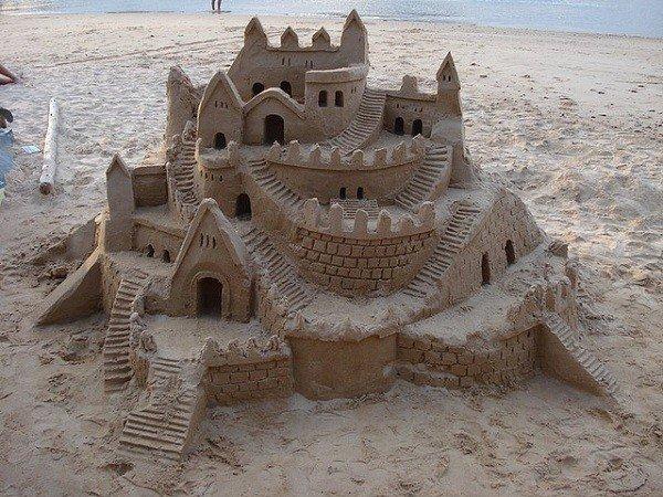 Castles-sand-castle-600x450