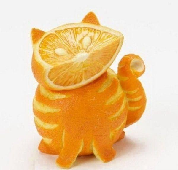 Cute-Cat-Fruit-and-Vegetable-Carving-600x573