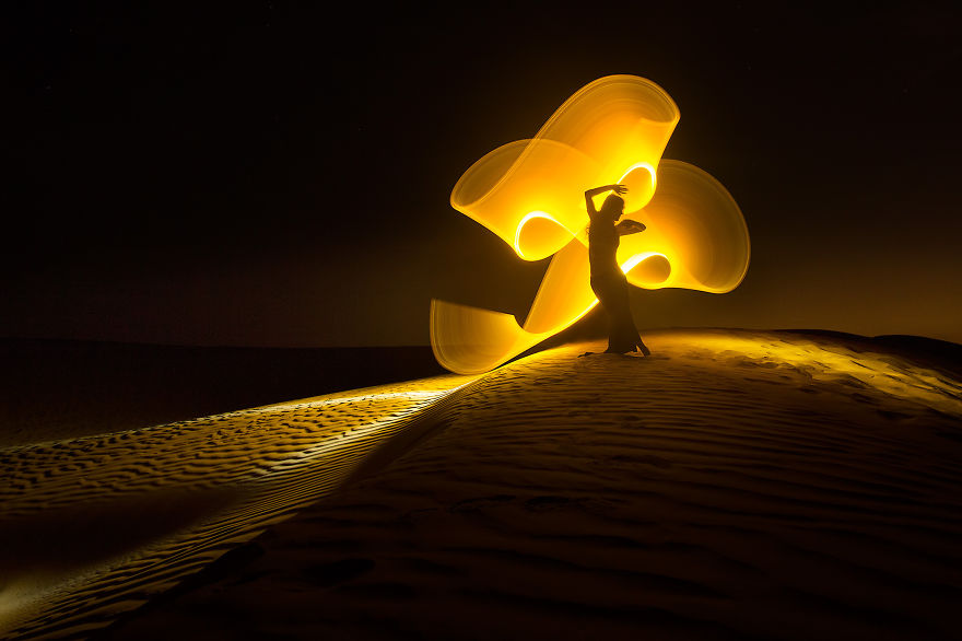 Light-painting-fantasies-5721bf04abe20__880