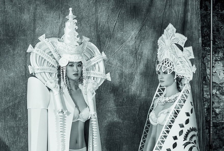 National-Brides-I-Turn-A-Paper-Into-Wedding-Dresses9__880