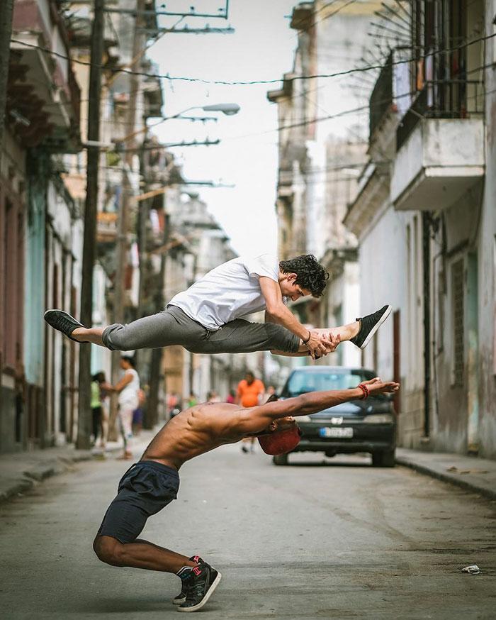 ballet-dancers-cuba-omar-robles-3-5714f5d7949c5__700