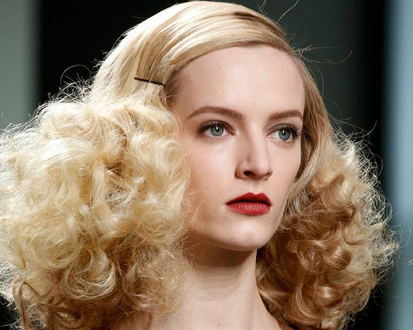 curly-hairstyle-43