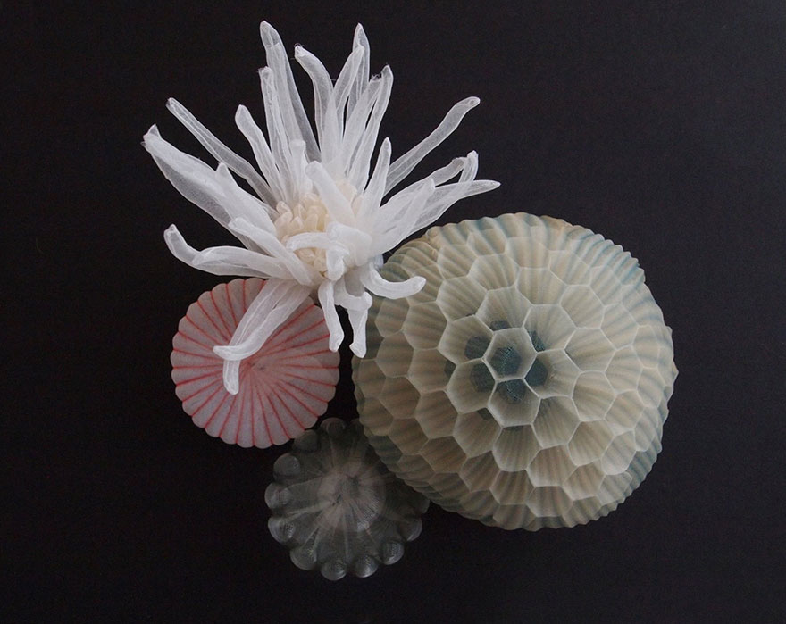 translucent-fabric-jewerly-japan-sculptures-mariko-kusumoto-19