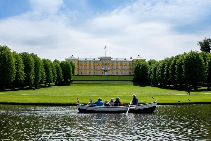 Frederiksberg-Castle-Gardens-Denmark-720x480
