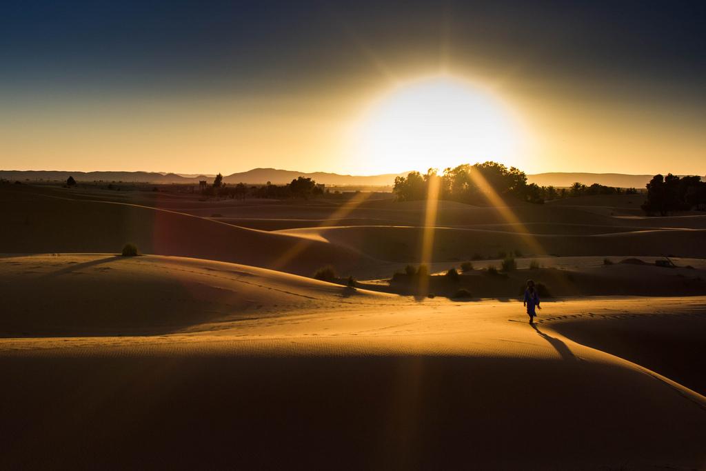 morocco-desert-sun-matador-seo