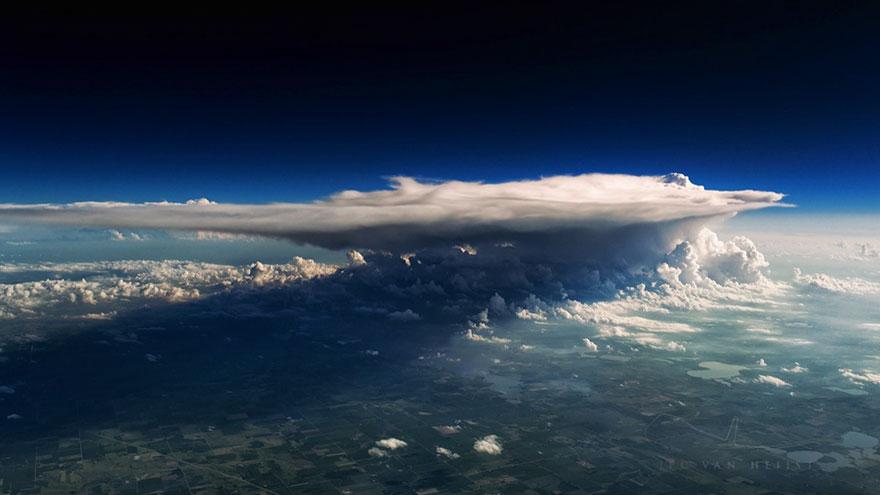 storm-sky-photography-airline-pilot-christiaan-van-heijst-4-57eb67f4137a5__880