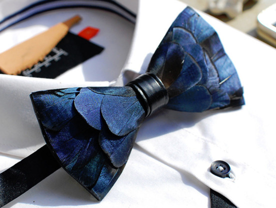 blue-feather-bow-tie-552x416