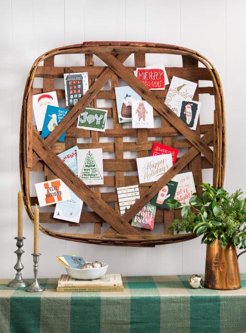 country-christmas-card-display-1215