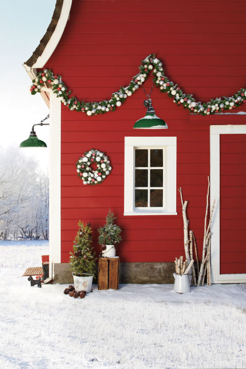 country-christmas-festive-welcome-1215