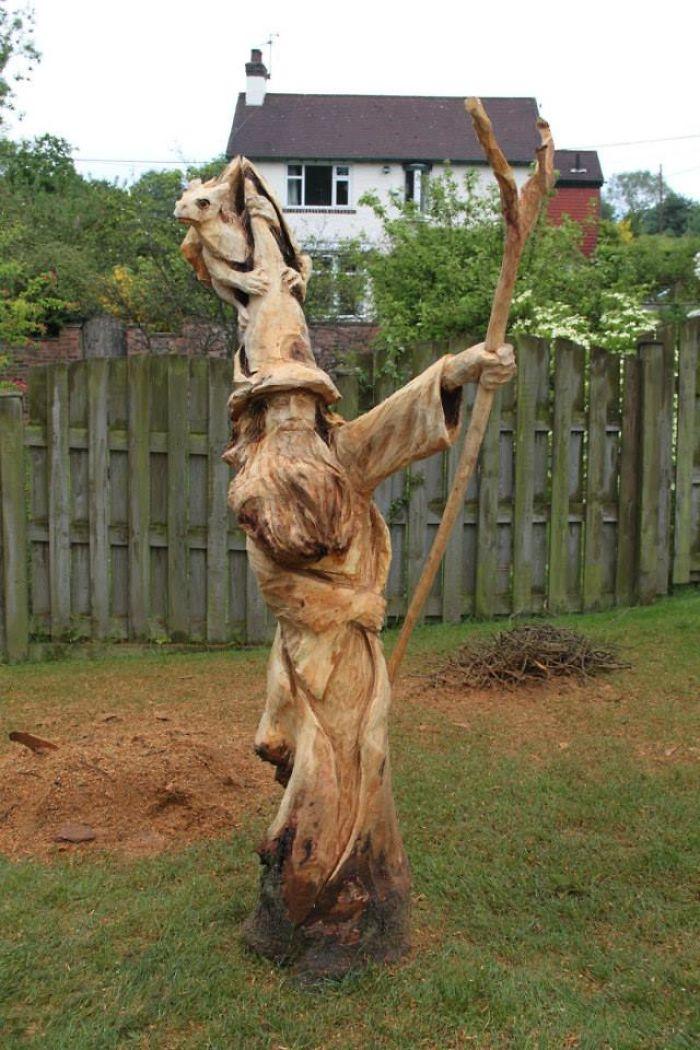 chainsaw-art-at-its-best-589db0d73dd1d__700