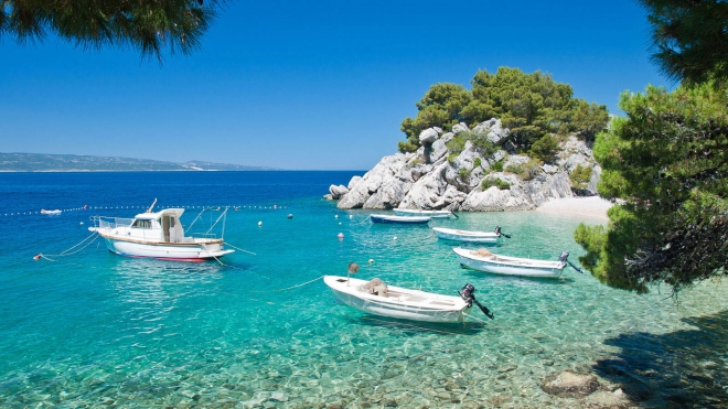 mediterranean-beach-wallpaper.preview