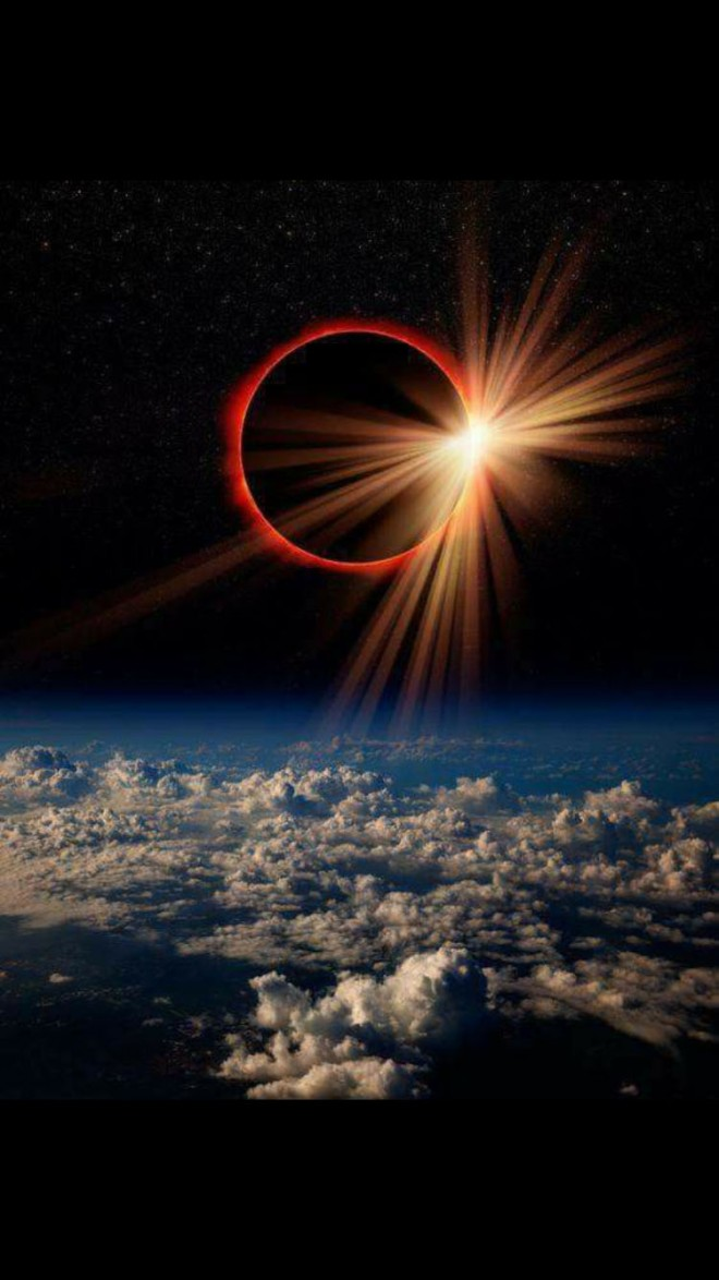 17-solar-eclipse-diamond-ring-by-tim-baskin.preview