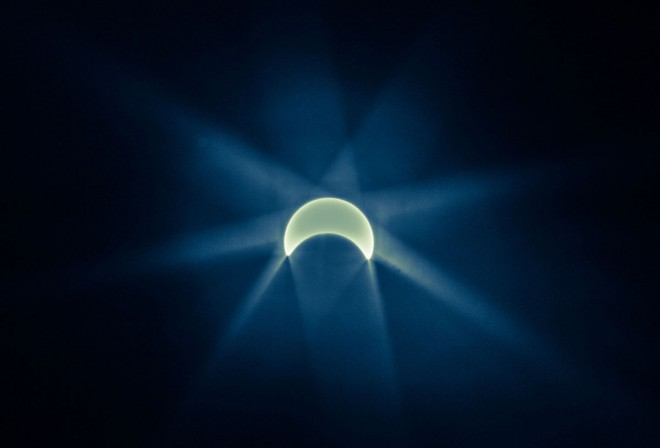 18-solar-eclipse-photography-by-dawnseeker.preview