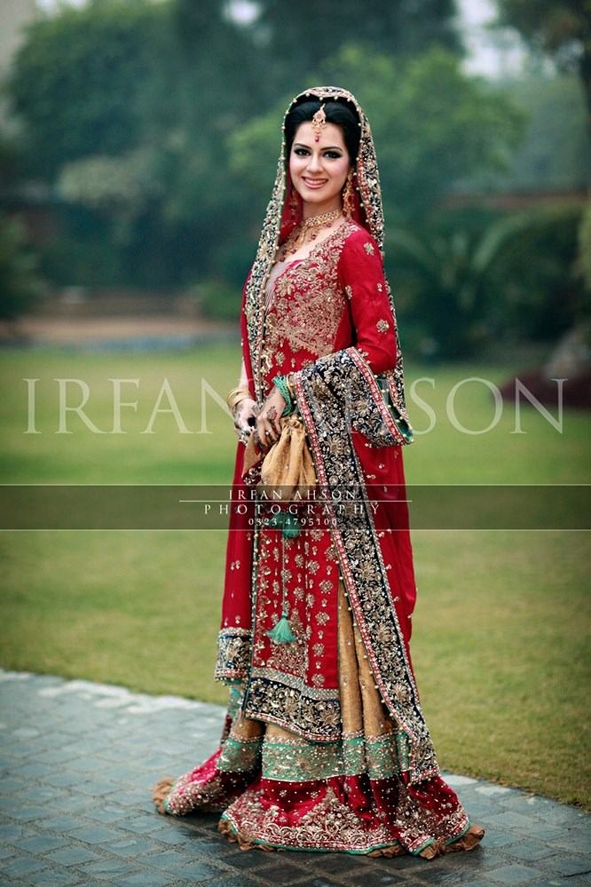 Irfan-Ahson-Pakistani-Wedding-Bridal-Outfit-127