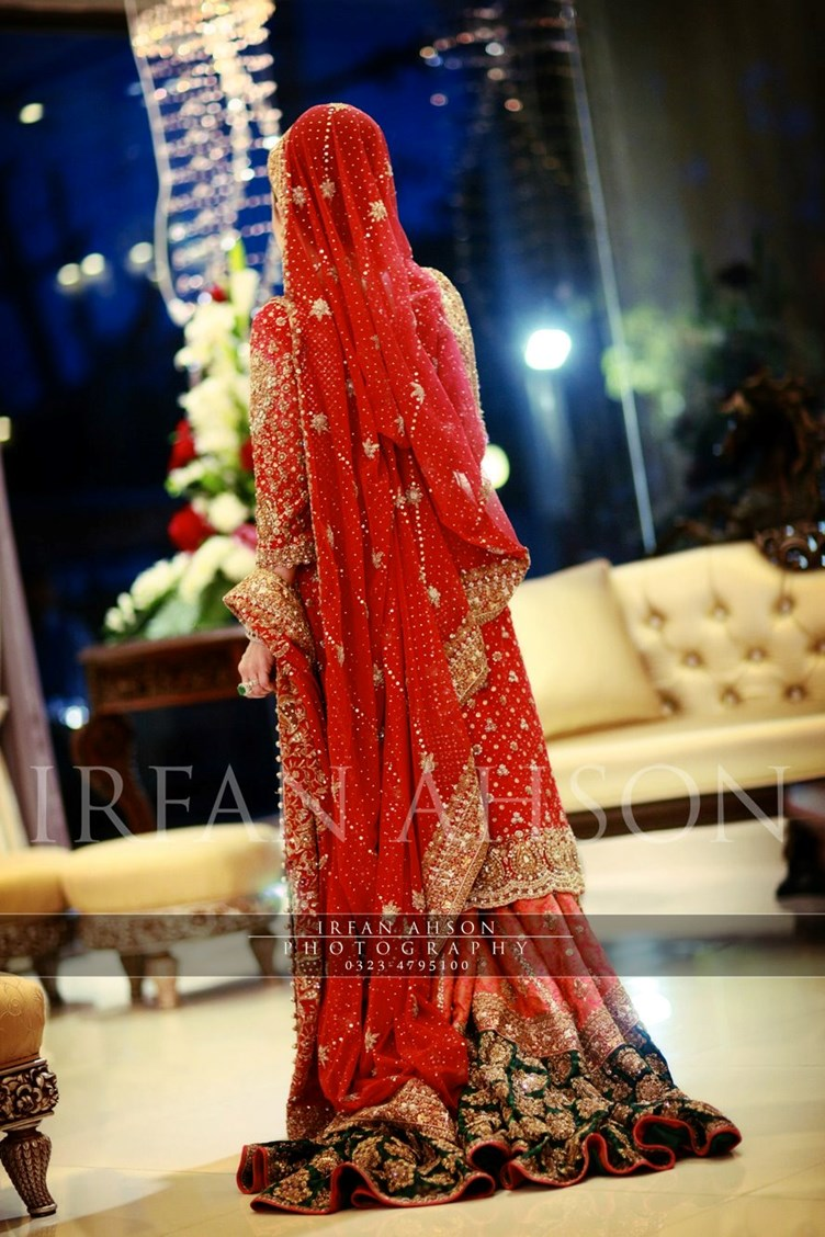 Irfan-Ahson-Pakistani-Wedding-Bridal-Outfit-131