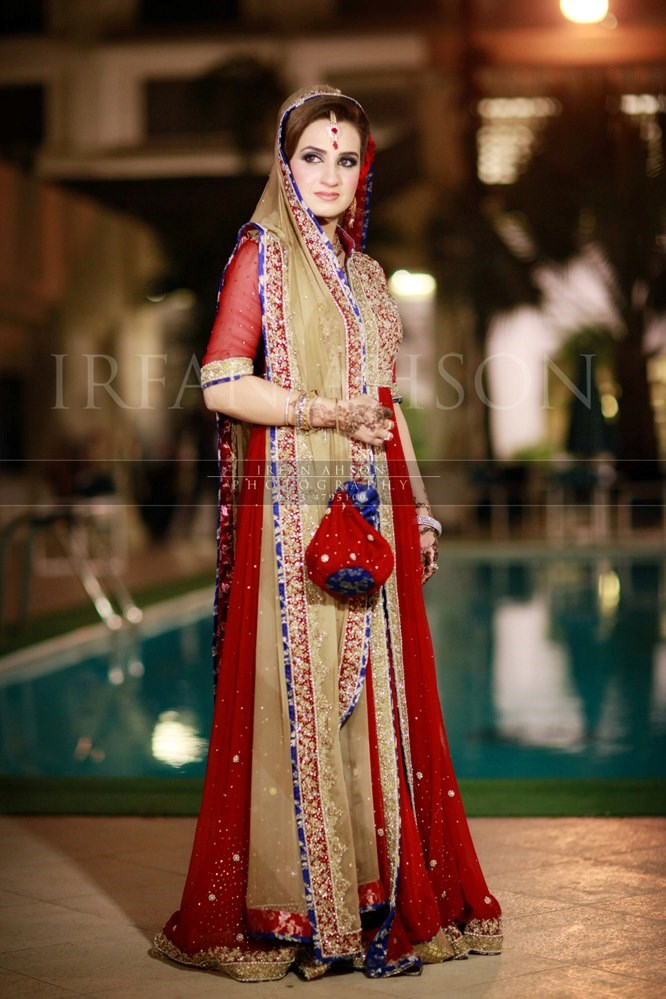 Irfan-Ahson-Pakistani-Wedding-Bridal-Outfit-134