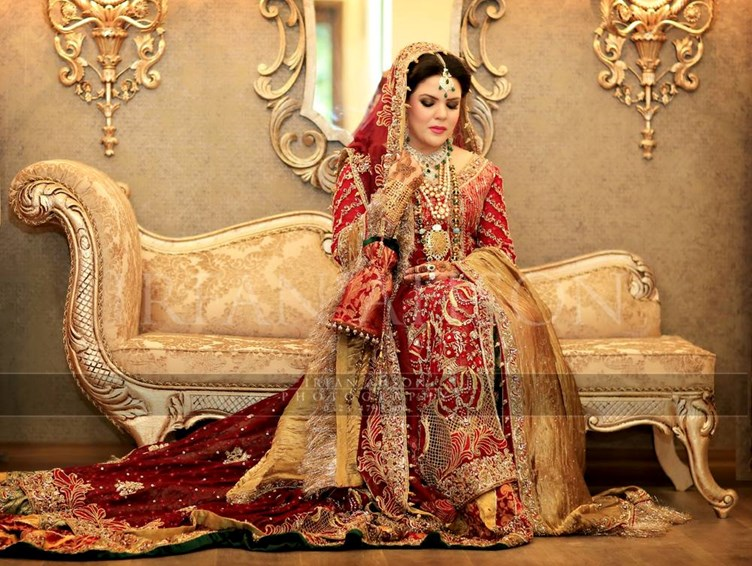 Pakistani-Wedding-Dresses-Irfan-Ahson-Photos-05