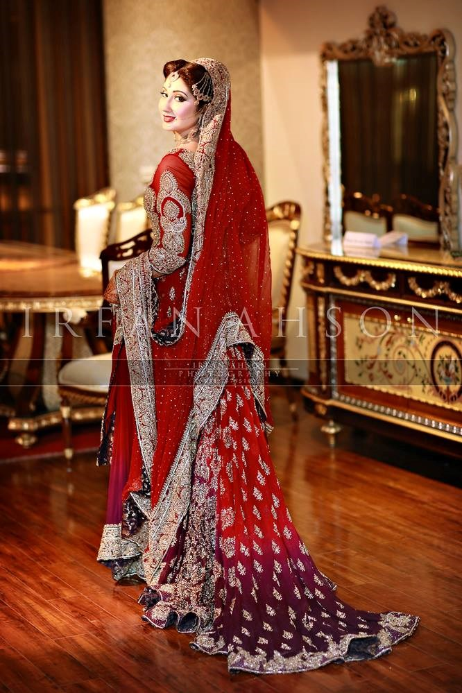 Pakistani-Wedding-Dresses-Irfan-Ahson-Photos-55