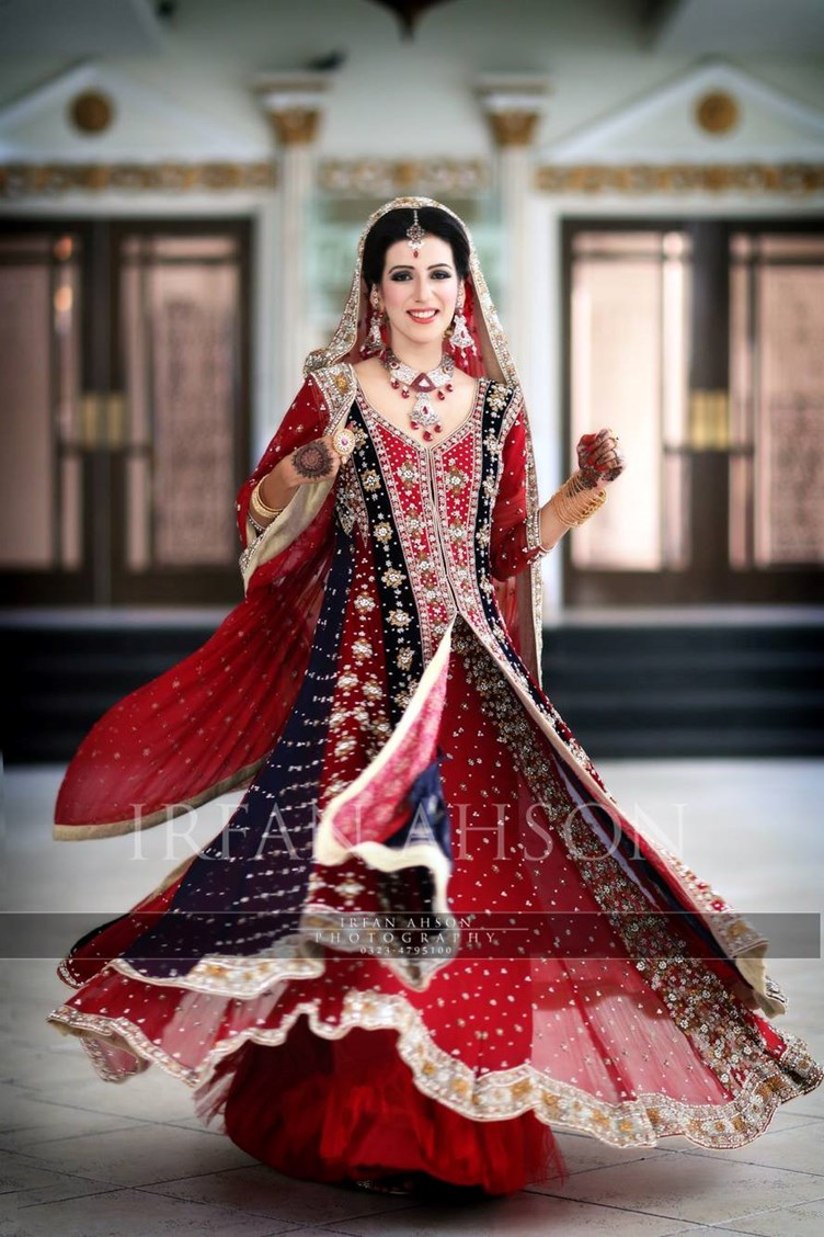 Pakistani-Wedding-Dresses-Irfan-Ahson-Photos-65