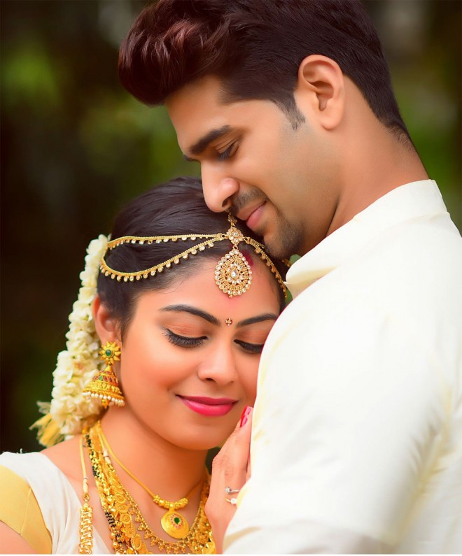 16-kerala-wedding-photography-by-vikhyathmedia.preview