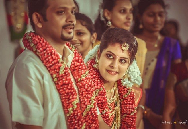 17-kerala-wedding-photography-by-vikhyathmedia.preview