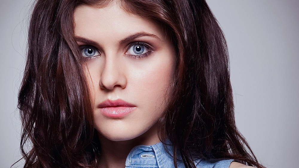 alexandra-daddario-eyes-wallpaper
